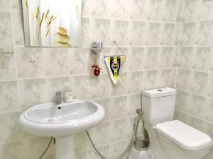 Salvador Dalí Apartment, Apartments  Baku - big - 23
