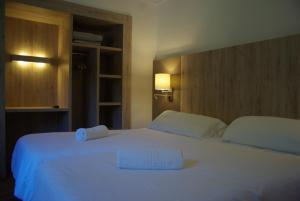 Hostal La Cabanya - Hotel - Setcases