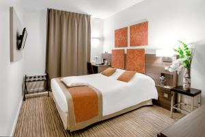 Kyriad Chambéry Centre (Hôtel et Résidence) - Hotel - Chambéry