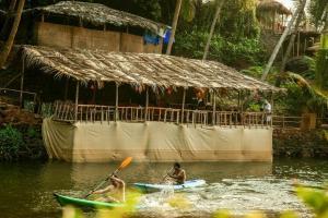 Krishna Paradise Beach Resort, Campeggi di lusso  Cola - big - 57