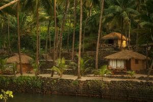 Krishna Paradise Beach Resort, Campeggi di lusso - Cola