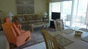 514F, Condo at Sarasota, with Pool View, Prázdninové domy - Siesta Key