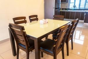 Luxury 4 Bedrooms Suite near Queensbay Mall by D Imperio Homestay, Appartamenti  Bayan Lepas - big - 4