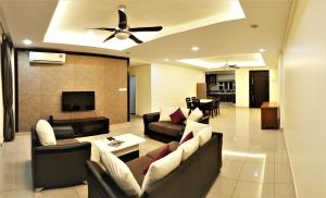 Luxury 4 Bedrooms Suite near Queensbay Mall by D Imperio Homestay, Appartamenti  Bayan Lepas - big - 6