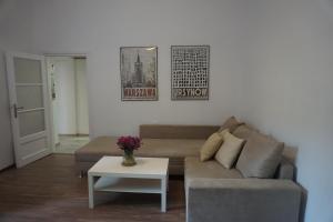 Palace of Culture, modern city center suite!