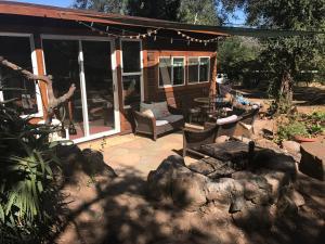 Beautiful Oaktree Retreat - Descanso