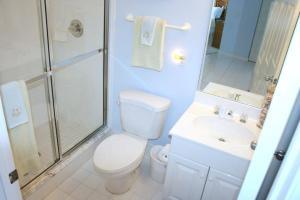 NE Island Home 5750, Дома для отпуска  Stuart - big - 4