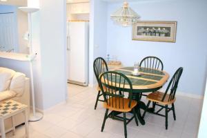 NE Island Home 5750, Дома для отпуска  Stuart - big - 7