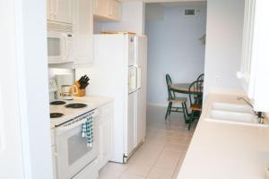 NE Island Home 5750, Дома для отпуска  Stuart - big - 10