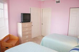 NE Island Home 5750, Дома для отпуска  Stuart - big - 12