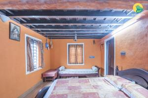 Auberges de jeunesse - Homestay in tranquil environs in Wayanad, by GuestHouser 41945