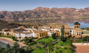 B Bou Hotel La viñuela & Spa - Los Romanes