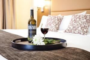 MStar Hotel - Kitimat