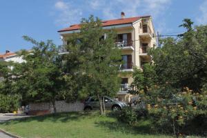 Apartment Novi Vinodolski 6567b, Apartmány  Novi Vinodolski - big - 1