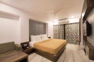 Auberges de jeunesse - Hotel Sanmukh By Adamo