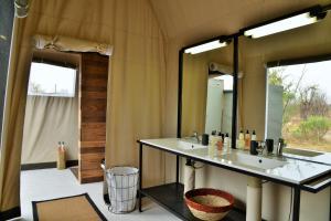 Nogatsaa Pans Lodge, Лоджи  Касане - big - 20