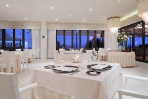 Iberostar Grand Salomé - Adults Only, Hotels  Adeje - big - 47