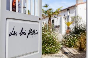 Location gîte, chambres d'hotes Hotel Les Bois Flottais dans le département Charente maritime 17