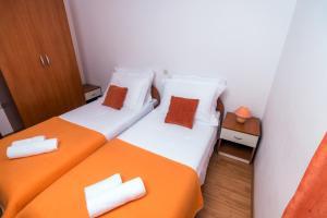 Apartments Meri I, Apartmány  Novalja - big - 24