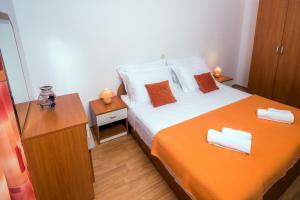 Apartments Meri I, Apartmány  Novalja - big - 16