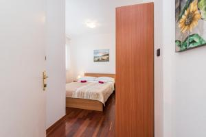 Villa Jurac, Apartmány  Povljana - big - 211