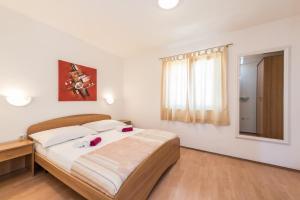 Villa Jurac, Apartmány  Povljana - big - 238