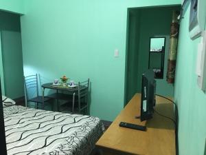 Cornel's Room Rental (formerly Cornel's Place), Alloggi in famiglia  Manila - big - 1