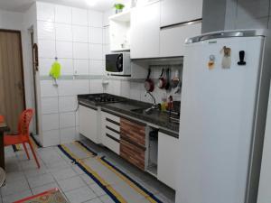 Casa 2 Quartos Mobiliada Cambeba - Com Garagem - Messejana