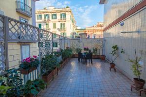 Salerno e le due coste, Apartments  Salerno - big - 1