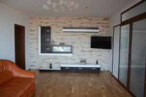 Grand View Apartment, Apartmány  Brašov - big - 45