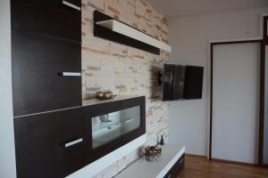 Grand View Apartment, Apartmány  Brašov - big - 47