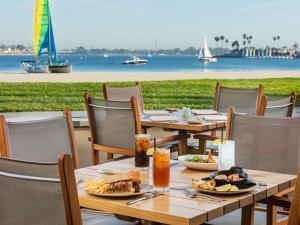 Catamaran Resort Hotel and Spa (3 of 38)