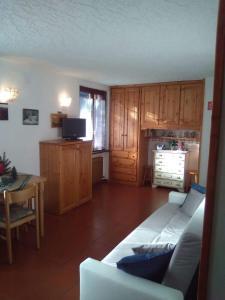 Delizioso Monolocale Residence Sun Valley - AbcAlberghi.com