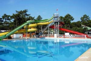 Location gîte, chambres d'hotes Village Vacances Bonne Anse Plage dans le département Charente maritime 17