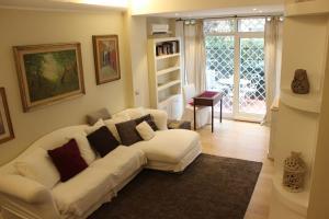 Maison RomAntique - AbcRoma.com