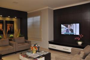 Hotel Valencia, Hotely  Dourados - big - 33