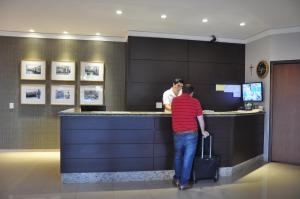 Hotel Valencia, Hotely  Dourados - big - 35