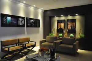 Hotel Valencia, Hotely  Dourados - big - 38