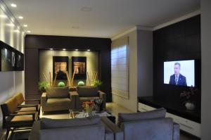 Hotel Valencia, Hotely  Dourados - big - 40