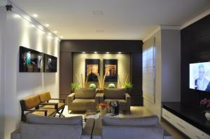 Hotel Valencia, Hotely  Dourados - big - 41