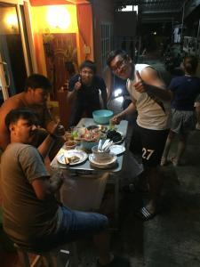 Baan Asree, Nyaralók  Aunang-part - big - 89