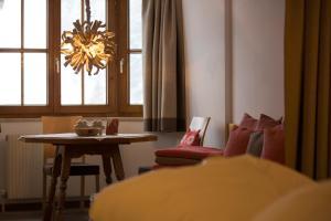 Am Dorfplatz Suites - Adults only, Hotely  Sankt Anton am Arlberg - big - 142