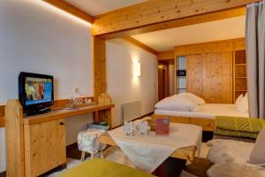 Am Dorfplatz Suites - Adults only, Hotely  Sankt Anton am Arlberg - big - 152