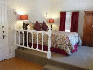 Cheshire Cat Inn Hotel Review Santa Barbara California Telegraph