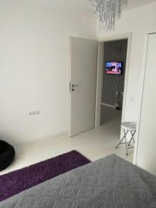 White Luxury Apartment, Apartmány  Sibiu - big - 14