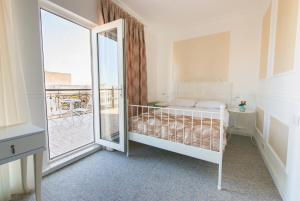 Two Seasons Boutique Hotel Baku, Отели  Баку - big - 32