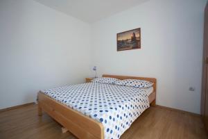 Apartment Tucepi 13056a, Apartmány  Tučepi - big - 13