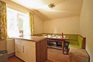 Almliesl SAAB-023, Apartmanok  Saalbach Hinterglemm - big - 4