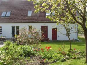 Cozy Apartment in Kropelin Germany near Sea, Apartmanok  Kröpelin - big - 5