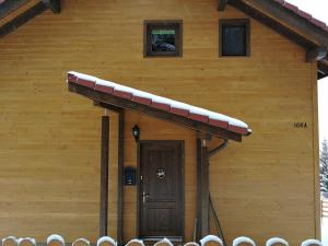 Cabana Cindy, Holiday homes  Muntele Cacovei - big - 10